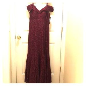 Full length formal gown NWT